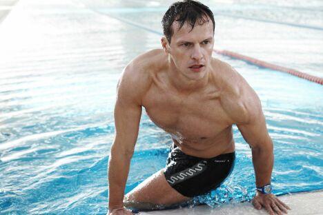 "Le boxer de bain noir pour la piscine, Speedo Swim Fitness homme 2013.<span class=""normal italic petit"">© Speedo</span>"