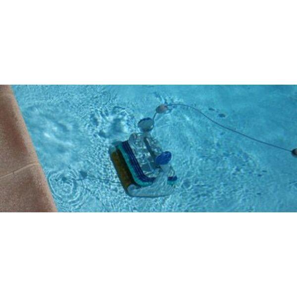 Le branchement d 39 un robot de piscine - Comment nettoyer le fond de la piscine ...