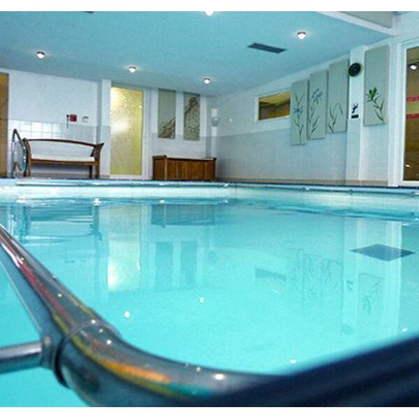 Piscine le brin d 39 eau b gles horaires tarifs et t l phone for Eau piscine