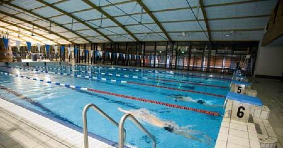 Le centre aqualudis de villefranche de rouergue se met l for Piscine nautile villefranche