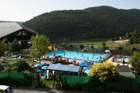 """Le centre aquatique à Villard de Lans<span class=""""normal italic petit"""">DR</span>"""