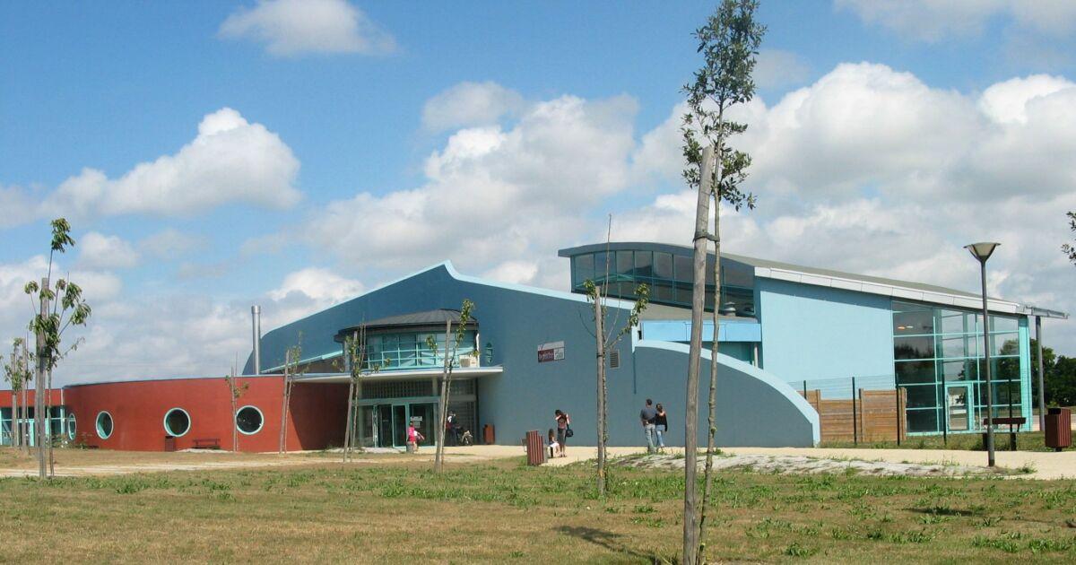 Parc aquatique cote d 39 armor for Horaire piscine guingamp