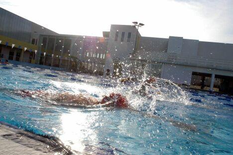 """Le complexe aquatique de Hyères propose des entraînements au triathlon.<span class=""""normal italic petit"""">DR</span>"""