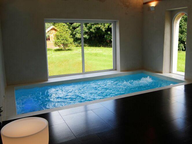 Le couloir de nage par Esprit Piscine s'adapte à tous les espaces