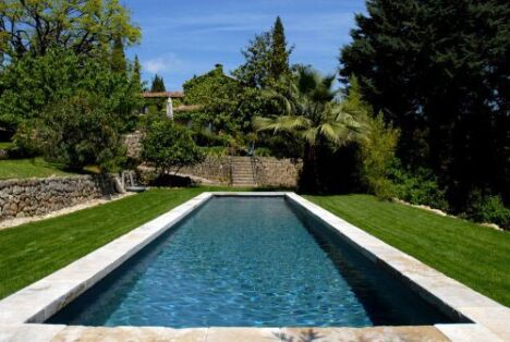 couloir de nage par piscinelle. Black Bedroom Furniture Sets. Home Design Ideas