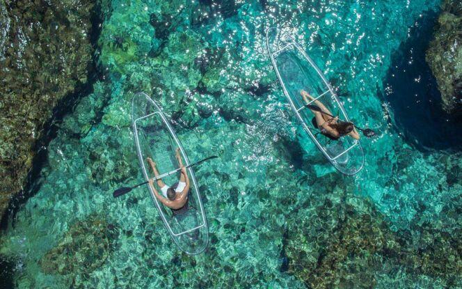"""Le """"Crystal Explorer"""" est le tout premier kayak transparent."""
