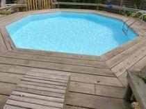 Le deck de piscine