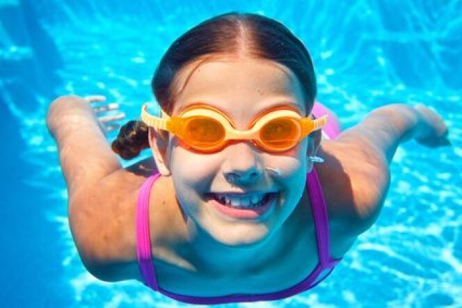 "Le gilet de natation <span class=""normal italic petit"">© Max Topchii - Fotolia</span>"