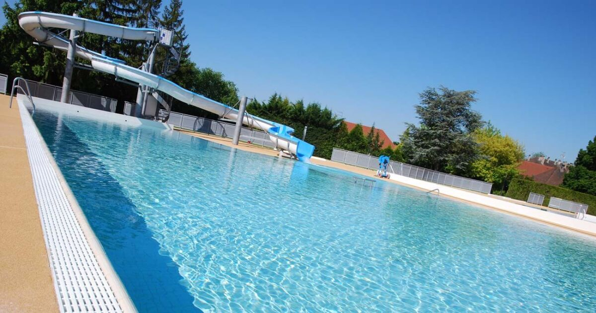 Piscine les bassins saviniens sainte savine horaires for Piscine st meen le grand