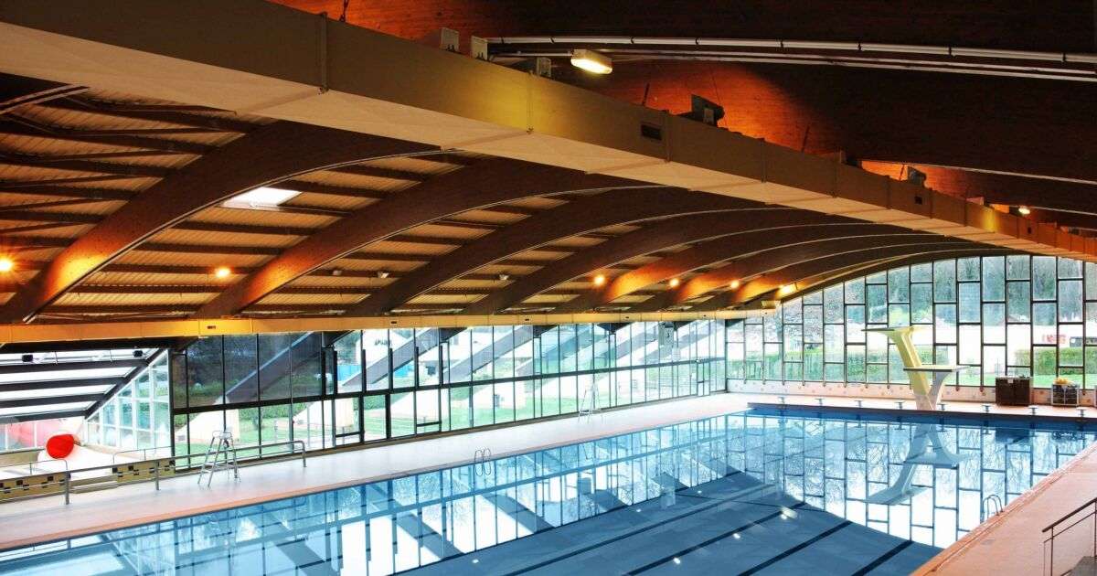 Piscine olympique d 39 amn ville horaires tarifs et t l phone for Piscine de grand champ