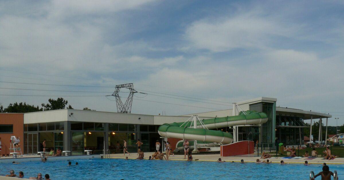 Avis et commentaires centre aquatique de delle franche for Centre du plateau piscine
