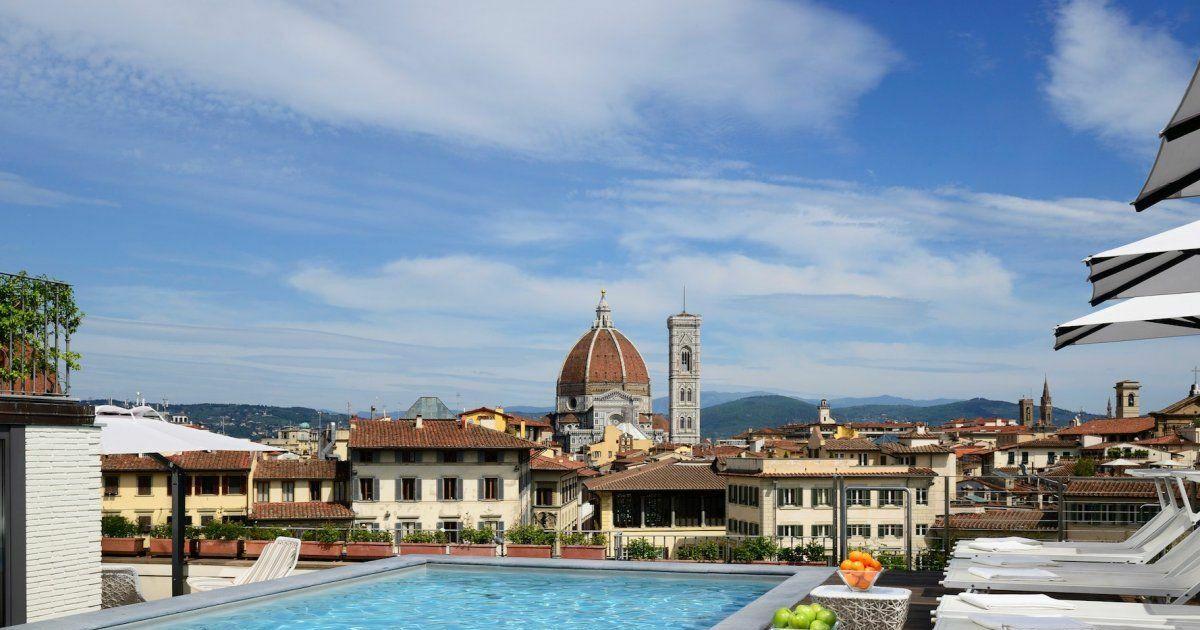 Les plus belles piscines sur toit dans le monde le grand for Hotel nice piscine sur le toit