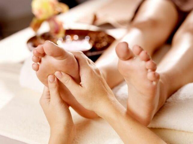 Massage des pieds : le soin antistress