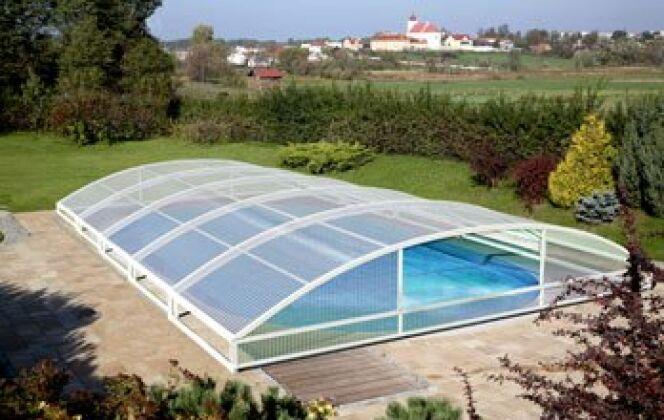 Le Mezzo : L'Abri de piscine téléscopique © Abridéal