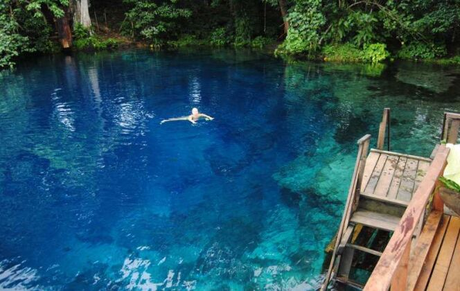 Le Nanda Blue Hole, situé sur l'île d'Espiritu Santo au Vanuatu. © Nanda Blue Hole