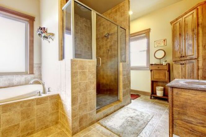 """Le nettoyage de sa cabine hammam est indispensable pour en profiter le plus longtemps possible.<span class=""""normal italic petit"""">© Iriana Shiyan - Fotolia.com</span>"""