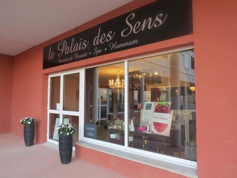 """Le palais des sens<span class=""""normal italic petit"""">© Le palais des sens</span>"""