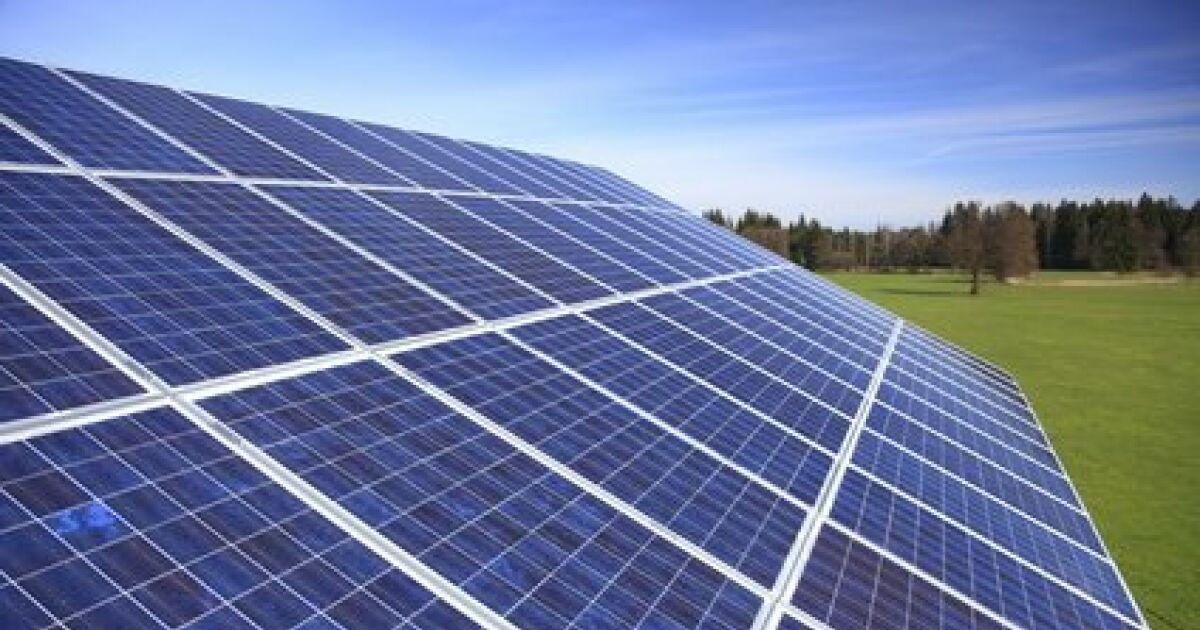 Le panneau solaire pour la piscine une m thode de for Chauffer sa piscine au solaire