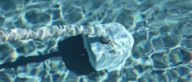 "Le prix d'un aspirateur de piscine <span class=""normal italic petit"">© Daniel Stein - Thinkstock</span>"