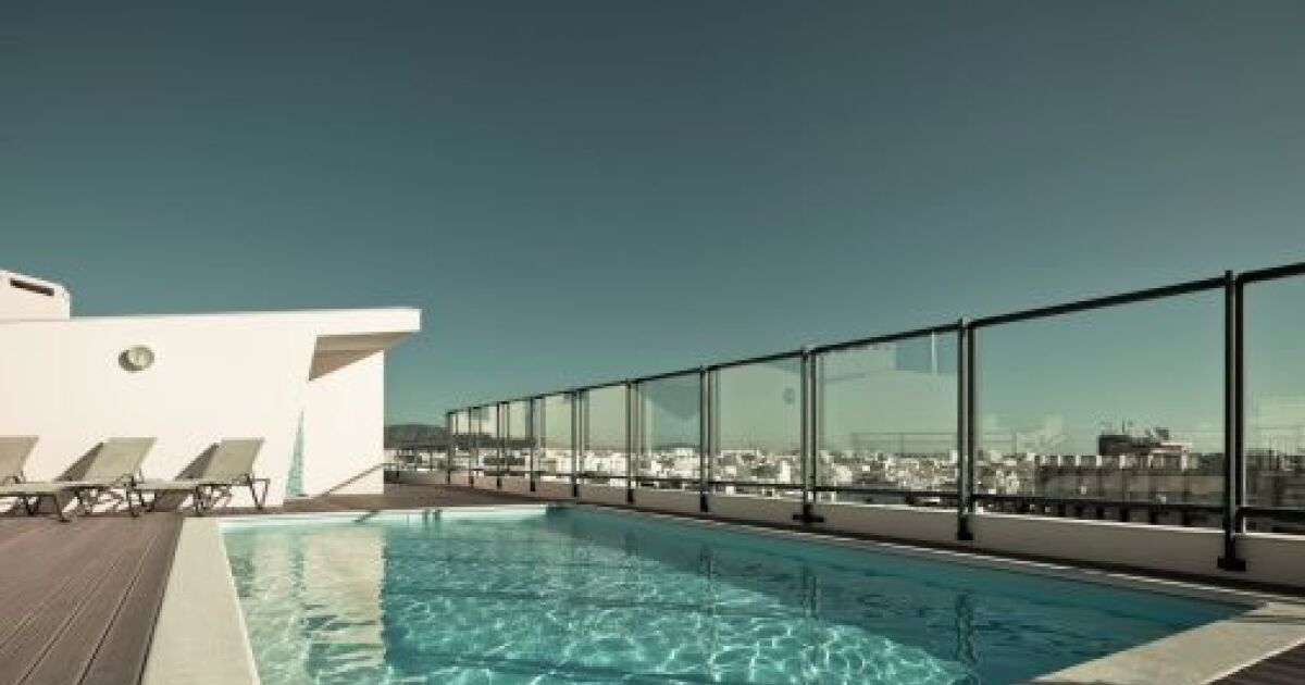 Prix d une piscine installation d 39 une piscine coque for Construction piscine prix