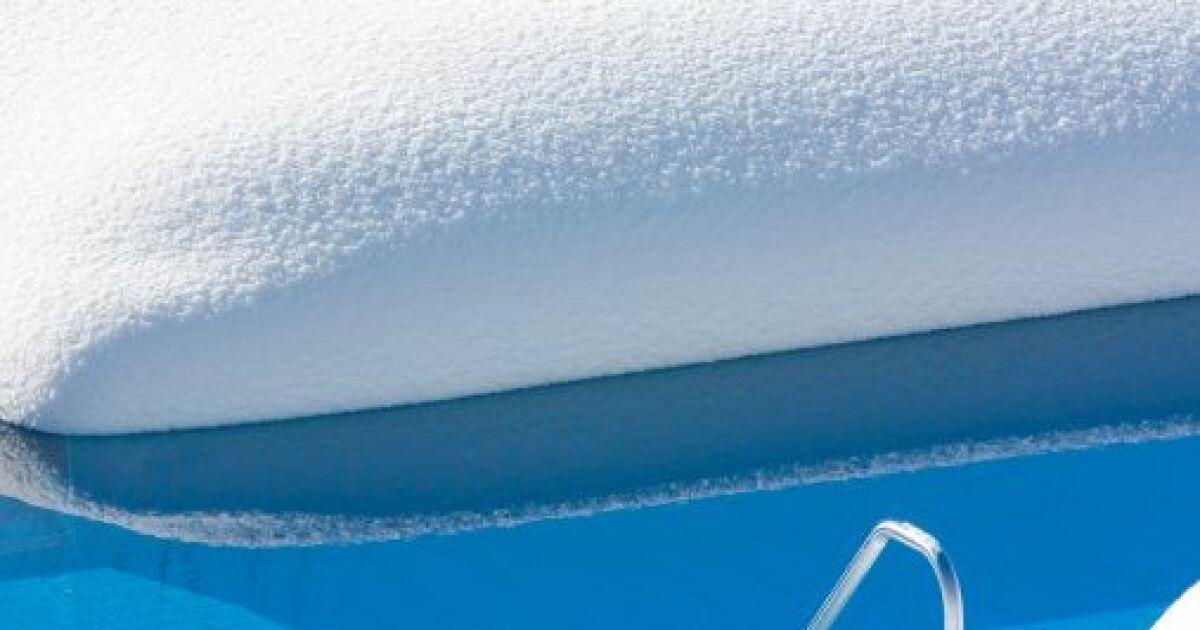 le produit d hivernage pour votre piscine conserver une. Black Bedroom Furniture Sets. Home Design Ideas