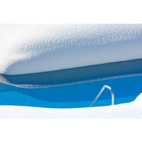 le produit d hivernage pour votre piscine conserver une eau pure et cristalline en attendant. Black Bedroom Furniture Sets. Home Design Ideas