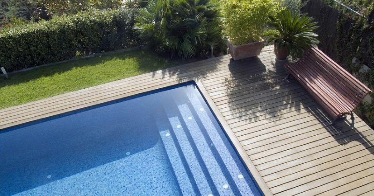 Mondial piscine le r seau s agrandit for Prix piscine mondial piscine