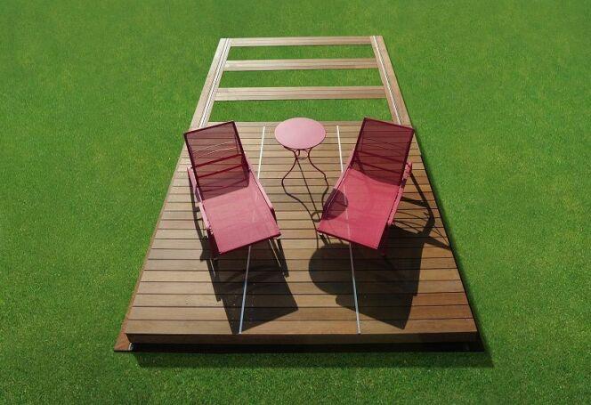 Le Rolling-Deck de Piscinelle fermé offre une couverture de sécurité solide et efficace.