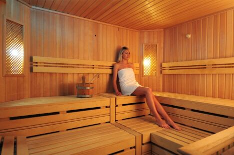"Le sauna du spa Pur Attitude à Ottrott<span class=""normal italic petit"">DR</span>"