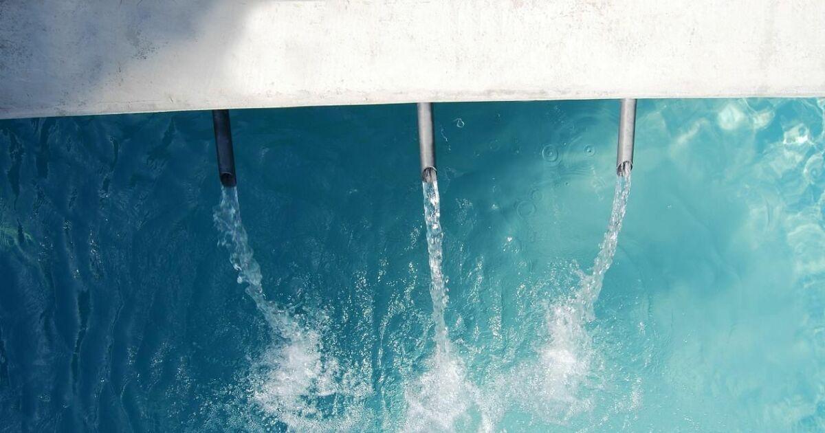 le sch ma classique du circuit de l eau dans une piscine. Black Bedroom Furniture Sets. Home Design Ideas