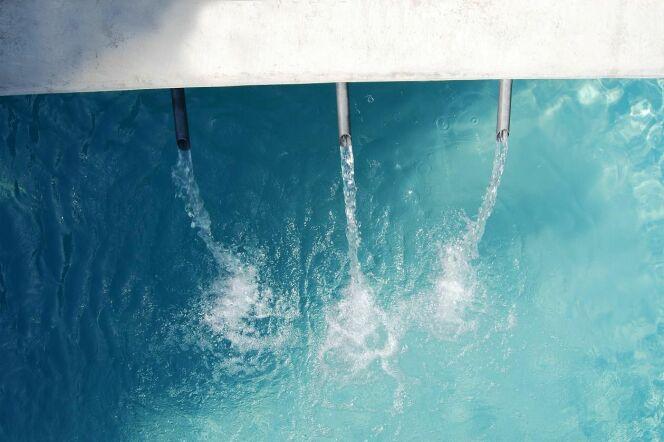 """Le schéma classique du circuit de l'eau dans une piscine<span class=""""normal italic petit"""">© L'Esprit piscine</span>"""