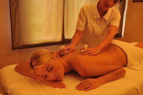 Le spa Pur Attitude à Ottrott propose plusieurs types de modelages