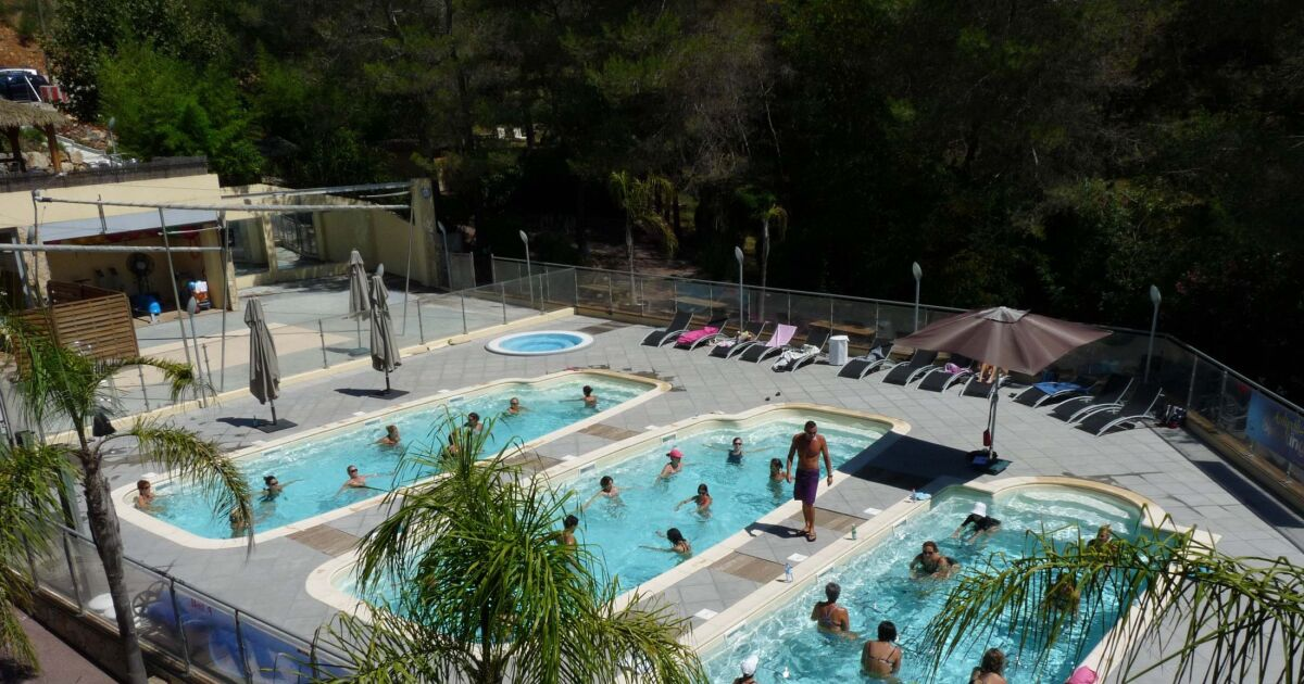 Piscine antibes horaires gallery of signaler un abus with for Piscine antibes