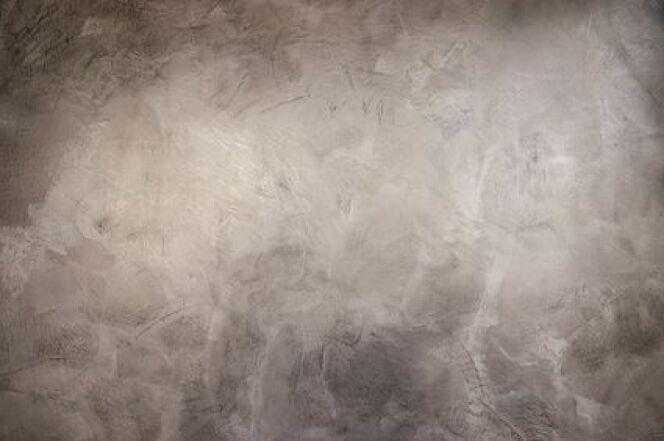 """Le tadelakt, un enduit à la chaux d'origine marocaine, est parfait pour décorer les murs de votre hammam.<span class=""""normal italic petit"""">© lemonfluffy - fotolia</span>"""