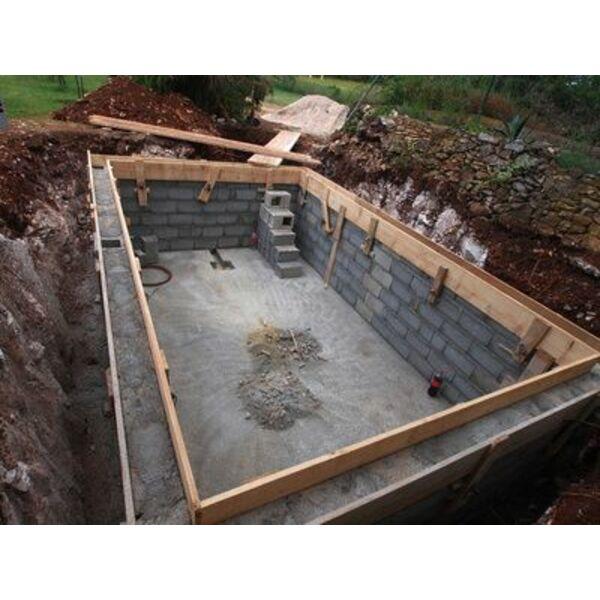 Effectuer le terrassement de votre piscine for Prix piscine 6x3