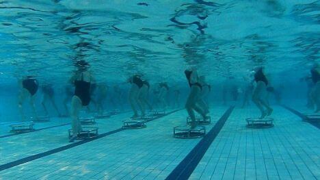 "Le trampostep d'Aqua Nautic, 2 en 1.<span class=""normal italic petit"">© Aquanautic</span>"