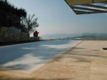 Le volet de piscine immergé : protection et esthétisme