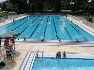 Le bassin extérieur de la piscine de Blagnac