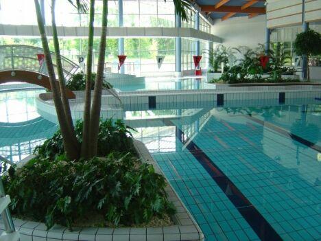 """Le bassin intérieur de la piscine de Gouvieux<span class=""""normal italic"""">DR</span>"""