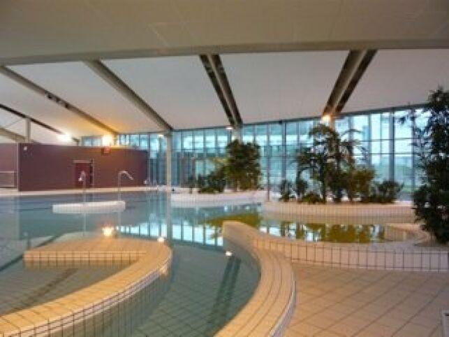 Le bassin ludique de la piscine de Crepy en Valois