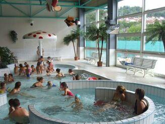 Le bassin ludique de la piscine Nautic plus, idéal pour toute la famille