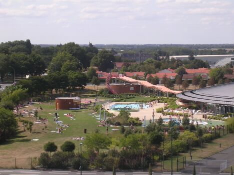 Centre aquatique cap vert piscine les herbiers for Piscine des herbiers