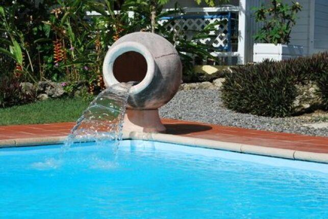 Le contour de votre piscine