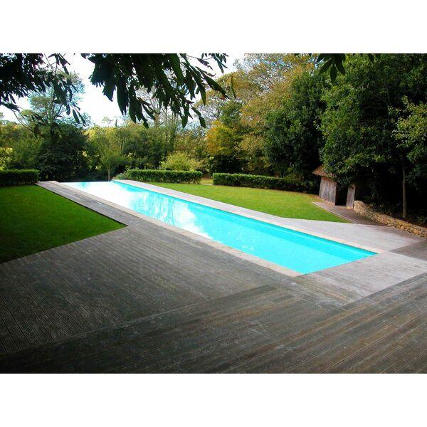 Couloir de nage par esprit piscine for Prix piscine coque a debordement
