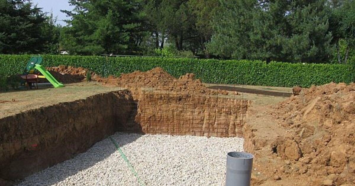 Construction d 39 une piscine enterr e le drainage for Piscine sur terre