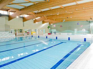 Le grand bassin de la piscine à Livry-Gargan
