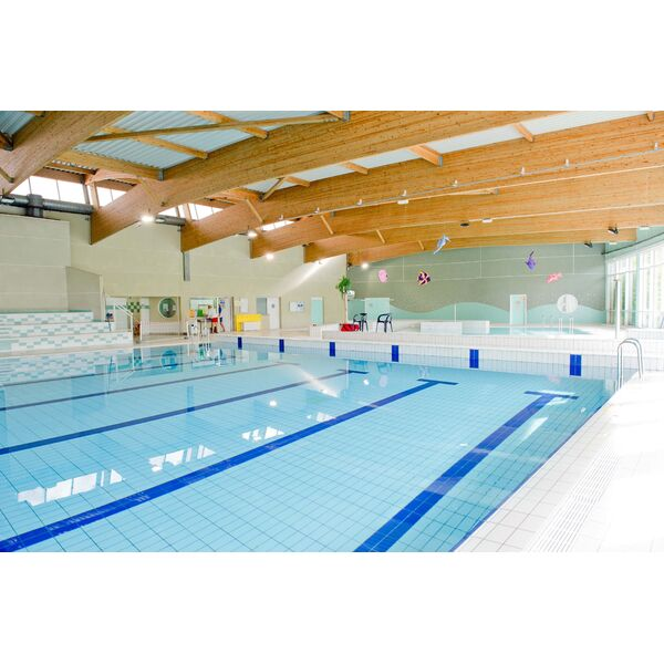Piscine livry gargan horaires tarifs et t l phone for Piscine de grand champ