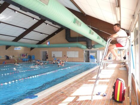 Le grand bassin de la piscine de Balma