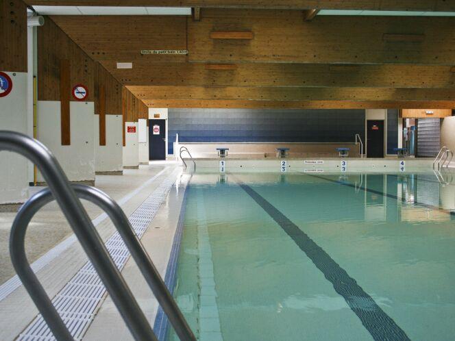 Le grand bassin de la piscine de Vaires-sur-Marne