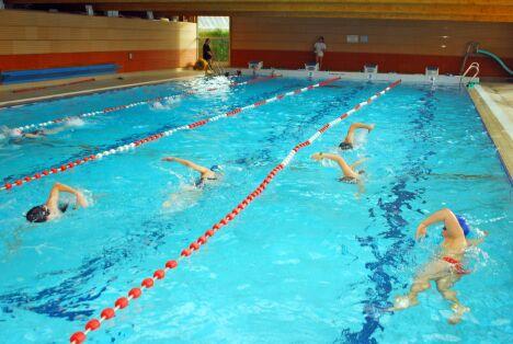 """Le grand bassin de natation à la piscine d'Arques<span class=""""normal italic petit"""">DR</span>"""